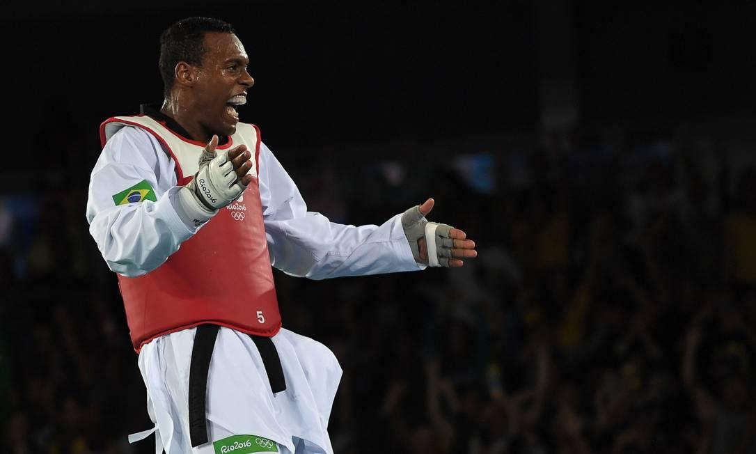 Após a vitória, a emoção tomou conta da arena ED JONES / AFP