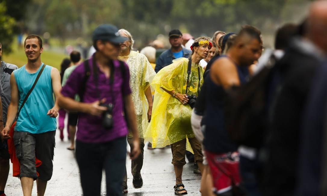 Público se protegeu da maneira que pode Guilherme Leporace / Agência O Globo