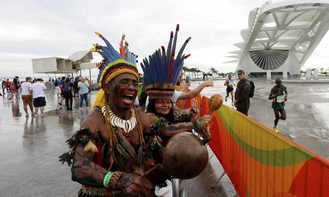 Indio maratonista, Akazuy Tabajara há 35 anos participando com mais de 1000 medalhas conquistadas Agência O Globo