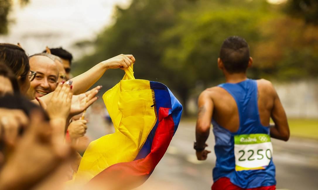 Maratona abriu o último dia daa Olimpíada Guilherme Leporace / Agência O Globo