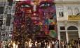 Painel de Panmela Castro, a Anarkia Boladona, no Boulevard Olímpico
