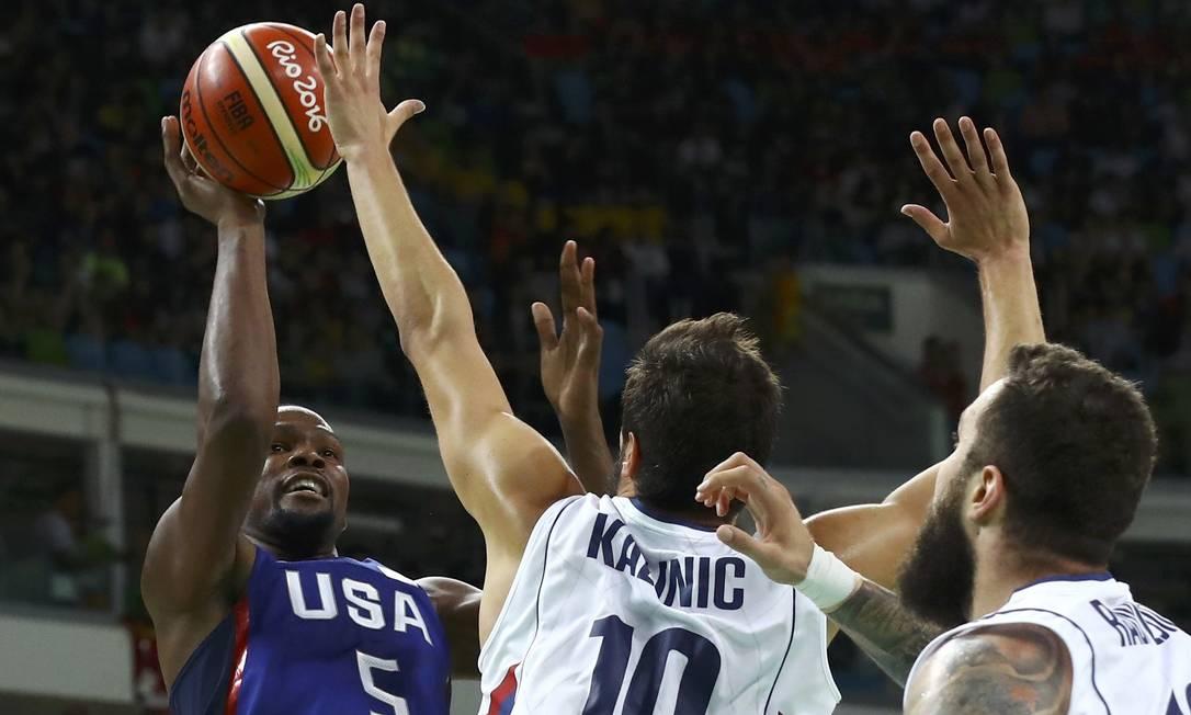Kevin Durant, dos EUA, foi o cestinha da partida JIM YOUNG / REUTERS