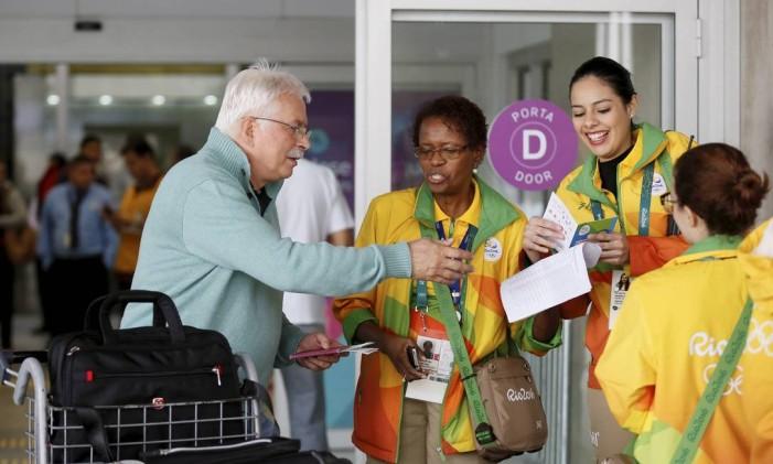 O tratamento da organização dado aos voluntários foi motivo de críticas Foto: Pablo Jacob / Agência O Globo