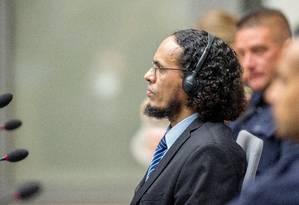 Ahmad al-Faqi al-Mahdi comparece ao Tribunal Penal Internacional em Haia Foto: POOL / REUTERS