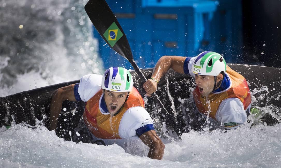 A dupla Charles Correia e Anderson Oliveira, da canoagem slalom Guito Moreto / O Globo/NOPP