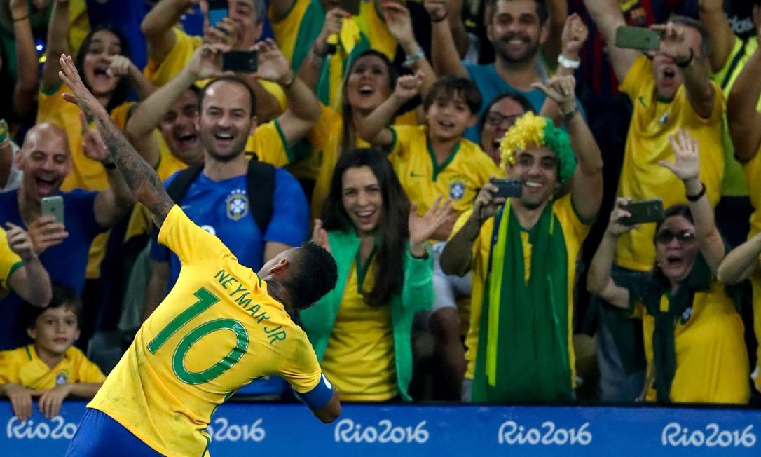 Final do futebol masculino. Neymar comemora o primeiro gol contra a Alemanha Pedro Kirilos / Agência O Globo