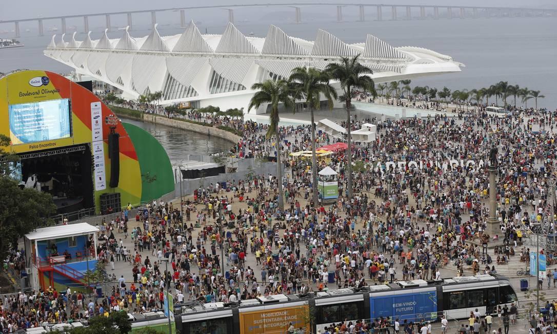 Boulevard Olímpico na Praça Mauá Domingos Peixoto / Agência O Globo