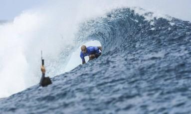 Kelly Slater vence John Jonh Florence e vence a etapa do Taiti do Circuito Mundial de Surfe Foto: WSL/Divulgação