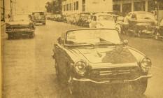 Honda S800. Uma pequena joia da tecnologia japonesa no trânsito carioca de 1969 Foto: Antonio Scorza / Arquivo / 21-2-1969
