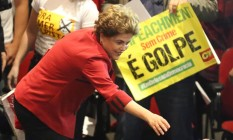 Dilma cita o suicídio de Getulio Vargas e o exílio de João Goulart em ato em São Paulo Foto: Marcos Alves / Agência O Globo