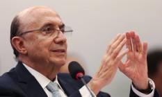 O ministro da Fazenda, Henrique Meirelles, participa de audiência pública na Comissão Especial que trata do novo regime fiscal Foto: ANDRE COELHO / Agência O Globo