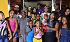 Mr. Catra e família Foto: reprodução