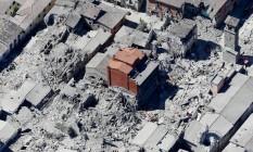 Foto aérea após terremoto mostra destruição na parte histórica de Amatrice Foto: Gregorio Borgia / AP