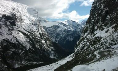 Vista do Parque Nacional Fiordland coberto por neve durante o inverno Foto: WIKIPEDIA