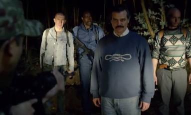 Pablo Escobar (Wagner Moura) escapa da prisão Foto: Reprodução
