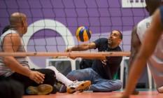 Serginho treinou por alguns minutos com os paratletas Foto: Marcio Rodrigues/MPIX/CPB