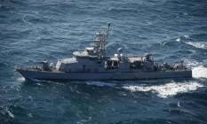 Embarcação dos EUA navega pelo Golfo Pérsico Foto: US NAVY / REUTERS