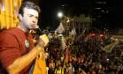 Freixo promove ato na Cinelândia na mesma hora de debate na TV Foto: Paulo Nicolella / Agência O Globo
