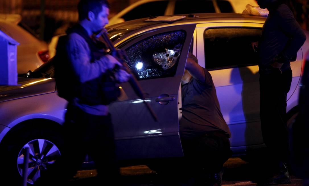Suspeito morre e duas pessoas são beleadas em tentativa de assalto na Tijuca