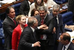 Bate-boca entre Renan Calheiros, Gleisi Hoffmann e Lindberg Farias Foto: André Coelho / Agência O Globo