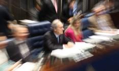 O presidente do STF durante a sessão para análise e votação do Impeachment Foto: André Coelho / O Globo