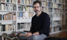 """O escritor Bernardo Carvalho lança seu novo romance, """"Simpatia pelo demônio"""" Foto: Edilson Dantas"""