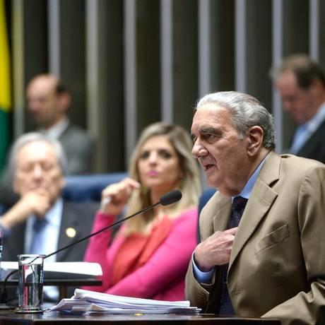 O economista Luiz Gonzaga Belluzzo prestou depoimento como informante no julgamento do impeachment Foto: Agência Senado