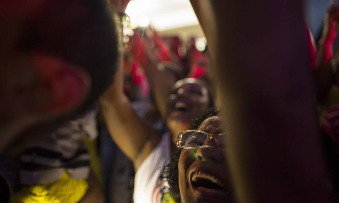 A emoção dos fãs com a volta de Isaquias à Bahia Daniel Marenco