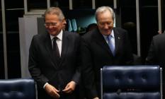 Presidente do Senado, Renan Calheiros, ao lado do presidente do STF, Ricardo Lewandowski Foto: Ailton de Freitas / Agência O Globo