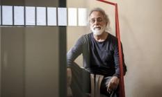 O pensador Adauto Novas estará nesta terça, às 19h, no Teatro Maison de France Foto: Hermes de Paula / Agência O Globo