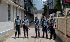 Daca viveu 12 horas de tensão durante ataque a café, em Bangladesh Foto: AP