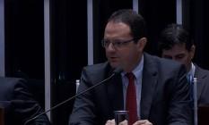 O ex-ministro da Fazenda Nelson Barbosa depõe no julgamento do impeachment de Dilma Foto: Reprodução