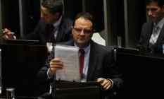 Nelson Barbosa, ex-ministro da Fazenda, durante sessão do julgamento de impeachment de Dilma Foto: Ailton de Freitas / Agência O Globo