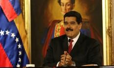 O presidente da Venezuela, Nicolás Maduro, sorri durante evento realizado esta semana: oposição pede o fim de seu governo Foto: HANDOUT / REUTERS
