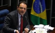 Nelson Barbosa, ex-ministro da Fazenda, depõe como testemunha de defesa de Dilma durante a sessão do julgamento do impeachment Foto: Ailton de Freitas / Agência O Globo
