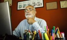 Longa permanência. Carlos Alberto Nolasco se aposentou aos 58 anos, mas trabalha ainda hoje, com 70 Foto: Fernando Lemos