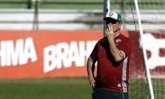 Levir Culpi afirmou que jogador está em condições de entrar em campo Foto: NELSON PEREZ / Fluminense