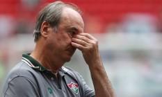 Levir Culpi mostra preocupação durante a derrota do Fluminense para o Palmeiras Foto: Michel Filho / Agência O Globo