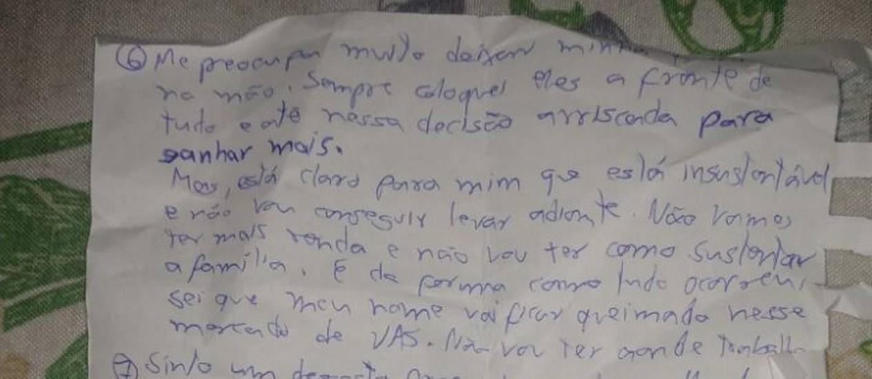 Carta deixada por homem que matou família na Barra da Tijuca. Problemas financeiros Foto: Reprodução