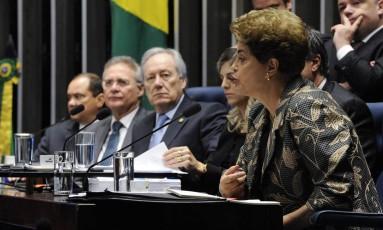 Dilma responde à perguntas de senadores no julgamento final do impeachment Foto: Agência Senado / Agência O Globo