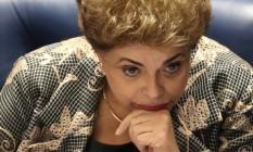 A presidente afastada, Dilma Rousseff, discursa e responde perguntas de senadores em seu processo de impeachment: tom emocional, referências à época da ditadura e tese do 'golpe' marcaram fala Foto: Andre Coelho