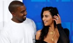 Kanye West e Kim Kardashian no VMA Foto: EDUARDO MUNOZ / REUTERS