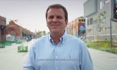 O prefeito Eduardo Paes participa de proganda eleitoral de Pedro Paulo Foto: Reprodução