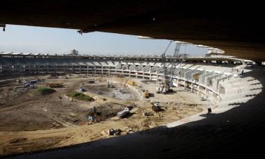Obras no Maracanã em 2011 Foto: Simone Marinho / Agência O Globo / Arquivo: 27/07/2011