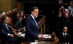 Mariano Rajoy discursa durante um debate de candidatura no Parlamento, em Madri Foto: JUAN MEDINA / REUTERS