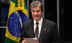 Fernando Collor, que sofreu impeachment, discursa da tribuna do Senado durante a sessão de julgamento de Dilma Rousseff Foto: André Coelho / Agência O Globo