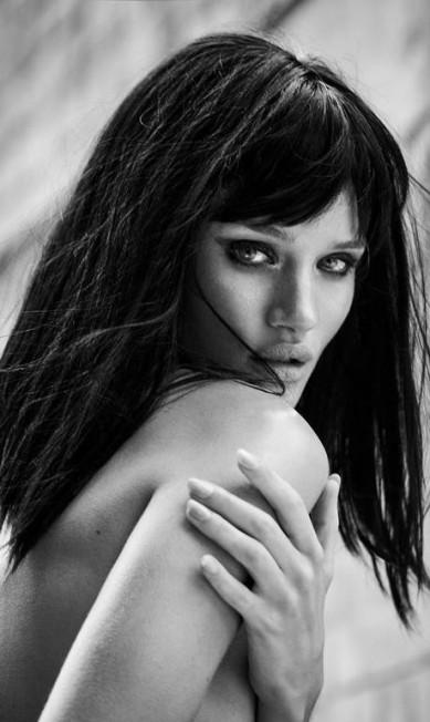 Rosie-Huntington-Whiteley, 2013 Mariano Vivanco/ Portraits Nudes Flowers