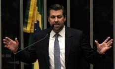 O deputado Carlos Sampaio (PSDB-SP) no plenário da Câmara Foto: Jorge William / Agência O Globo / 15-4-2016