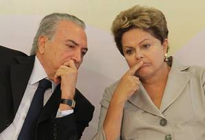 Temer tenta separar processos contra chapa em dois para se desvincular da antiga aliada Dilma Rousseff e preservar mandato Foto: Ailton de Freitas / Agência O Globo/ Arquivo (13-3-2014)