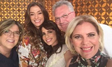 Bárbara Gancia, Mônica Martelli, Maria Ribeiro, Pedro Bial e Astrid Fontenelle Foto: Divulgação/GNT
